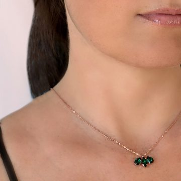 green pendant necklace 6