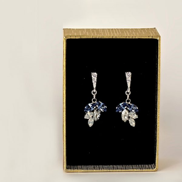 Dangle cluster earrings1