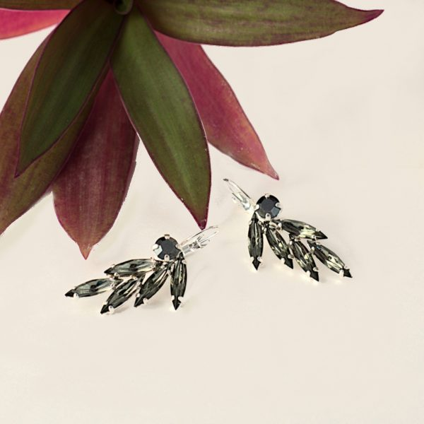 black crystal earrings1