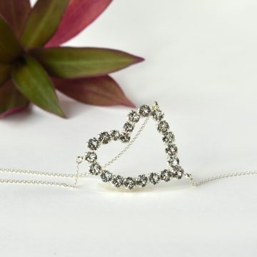 Heart back necklace 5