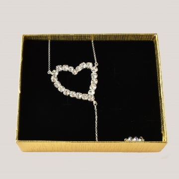 Heart back necklace 2