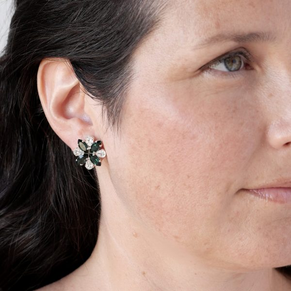 Green stud earrings 5