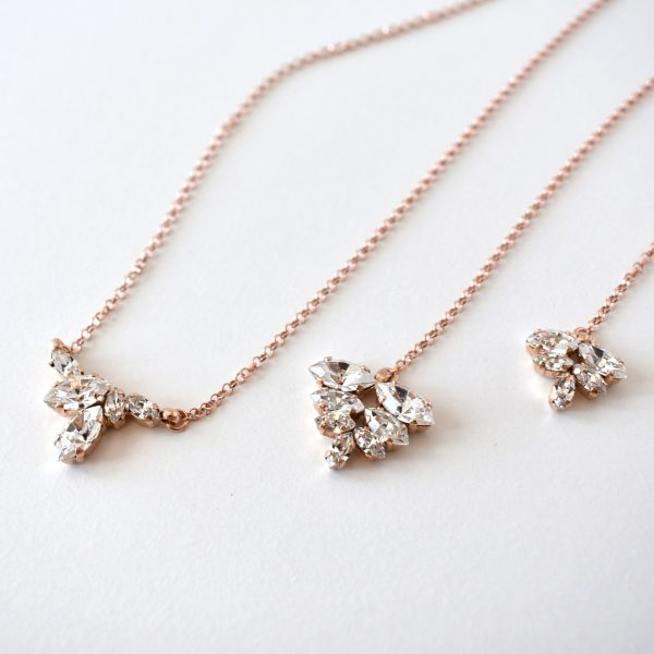 Rose gold back necklace 1